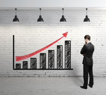 plafond: businessman looking at scheme profit