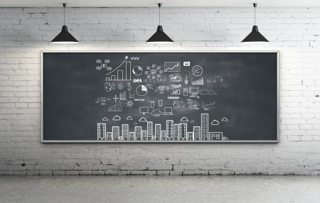 tiếp thị: chiến lược kinh doanh trên bảng đen trong phòng