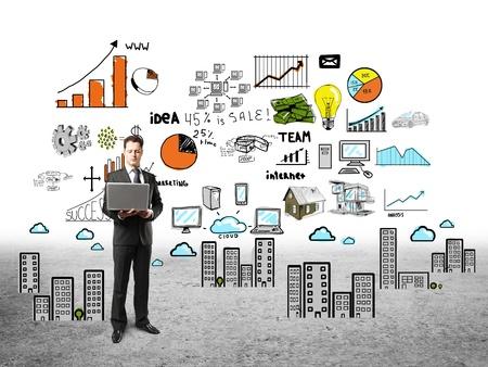 ötletroham: üzletember, notebook és üzleti terv Stock fotó