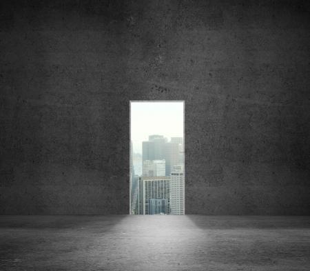 porte bois: mur en b�ton et a ouvert la porte � la ville