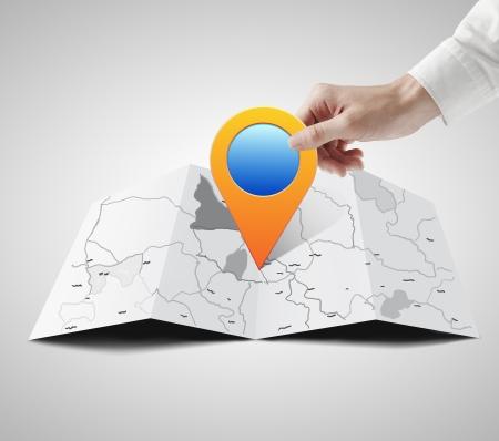 elhelyezkedés: kéz holdin mutató térkép Stock fotó