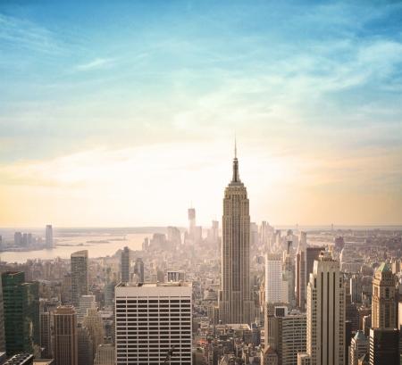 city: la noche de la ciudad moderna vista de pájaro