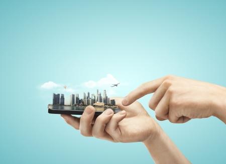 手のモデル都市と電話