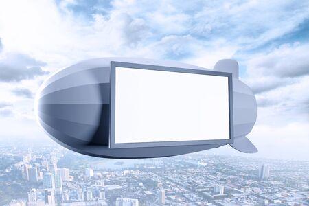luftschiff: Luftschiff mit Plakat �ber der Stadt Lizenzfreie Bilder