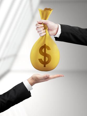 traslados: Bolso de mano de dinero con transferencias en d�lares
