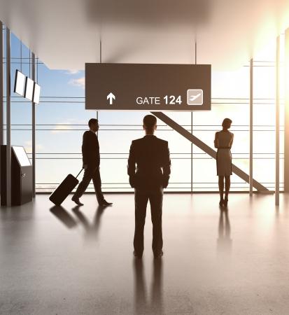 ondernemers staan in futuristische luchthaven