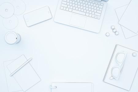 사무실 도구의 전체 흰색 테이블에 빈 자리. 모의 3D 렌더링 스톡 콘텐츠