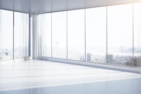 Heldere, lege interieur met panoramische ramen en New York uitzicht op de stad. 3D Rendering