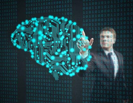 Geschäftsmann Touch-Leiterplatte in Form des menschlichen Gehirns Lizenzfreie Bilder
