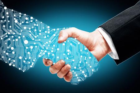 파란색 배경에 디지털 파트너 손을 흔들면서 사업가 스톡 콘텐츠
