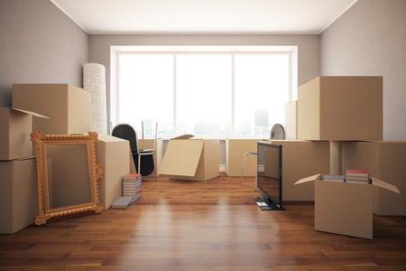 boite carton: Les piles de boîtes en carton avec divers objets dans la chambre propre avec plancher, murs et fenêtres grises. Déplacement dans le concept. Vue de face, Rendu 3D Banque d'images