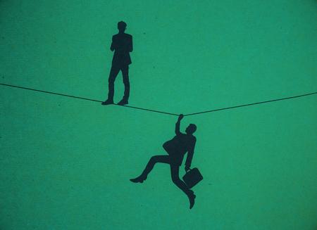 Silhouettes d'hommes debout et tenant sur la corde sur fond rouge. Concept de risque. Rendu 3D Banque d'images - 81221738