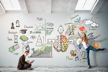 Man with laptop and cheerful young woman in bright concrete interior with brain sketch on wall. Creative and analytical thinking concept. 3D Rendering Archivio Fotografico