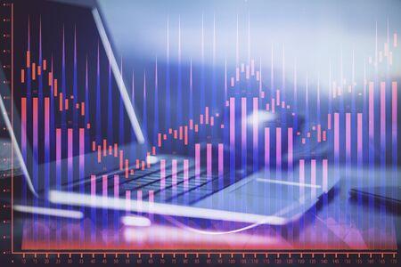 Disegno e tabella finanziari del grafico con il computer su fondo. Esposizione doppia. Concetto di mercati internazionali.