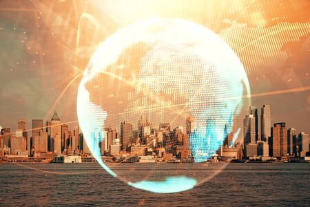 Dubbele blootstelling van zakelijke thema hologram tekening en stad veiw achtergrond. Concept van succes. Stockfoto