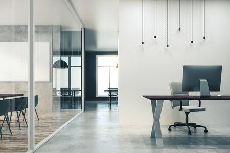 Eigentijds kantoorinterieur met kopieerruimte aan de muur. Bespotten, 3D-rendering Stockfoto