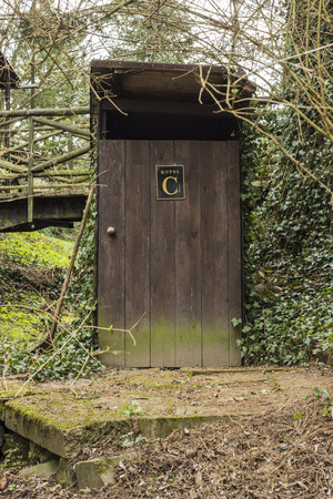 latrina: Latrine legno