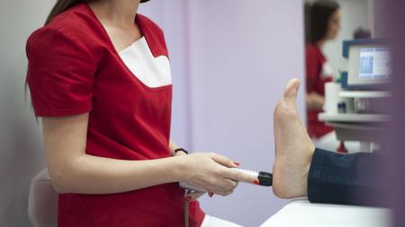 orthopedist: Shock wave therapy