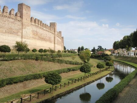 treviso: The fortress wall surrounding the town of Cittadella, Italy Stock Photo