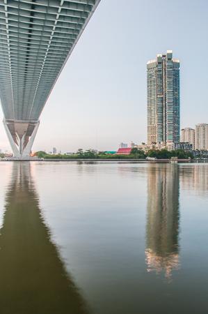 bhumibol: Bhumibol highway Bridge and Chao Phraya River Twilight View