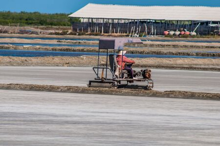 compaction: sea salt farming, working Compaction sea salt farming