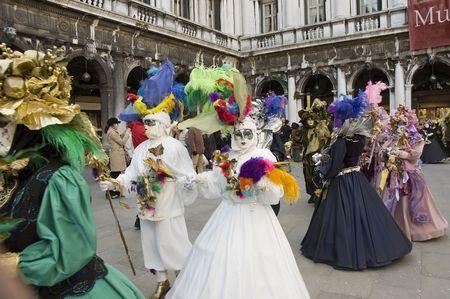 carnivale: Venice Parade