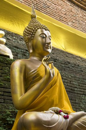 molee: Buddha statue at Wat Lok Molee in Chiang Mai,Thailand Stock Photo