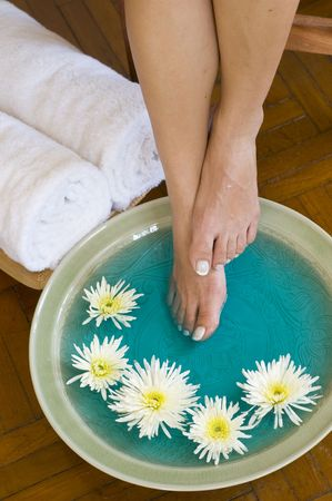 day spa: Feet enjoy a relaxing aromatherapy foot soak at day spa