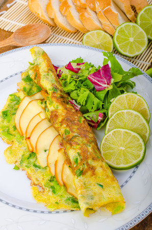 scallion: Vegetarian scallion omelette, bio eggs, swiss cheese, slised lime