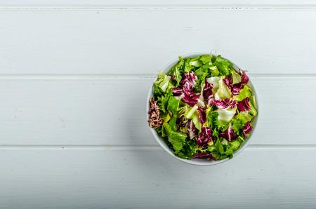 escarola: Ensalada con escarola, fresco y saludable
