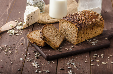 Whole wheat bread Standard-Bild