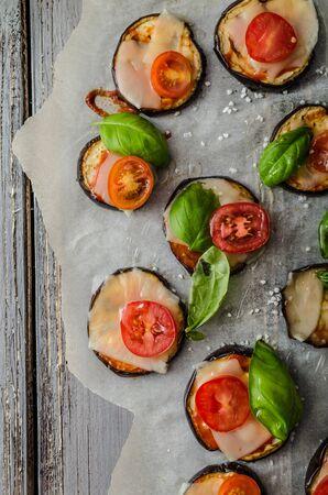 mini pizza: Vegetable mini pizza with eggplant, cheese and basil Stock Photo