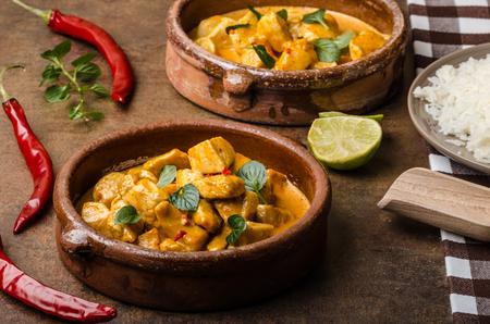 Kip curry met basmatirijst Stockfoto