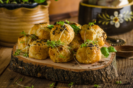 cheesy: Cheesy bites with blue cheese and pepper - baked in oven, delicious snack for visit
