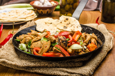 naan: Sichuan meat mix with vegetables and homemade naan bread