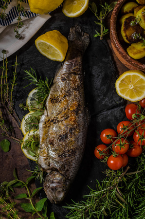 stuffed fish: Grilled trout stuffed with herbs and lemons, delicious and very fast cook fish