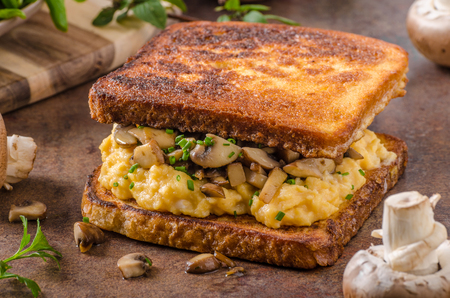 scrambled: French toast scrambled eggs, fresh mushrooms and herbs inside, delicious and simple!