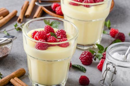 Vannila berries pudding fresh homemade delish dessert