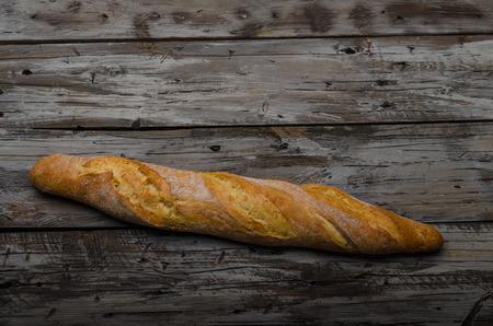 Délice de baguette fraîche croustillant, photographie culinaire, stock de nourriture vintage
