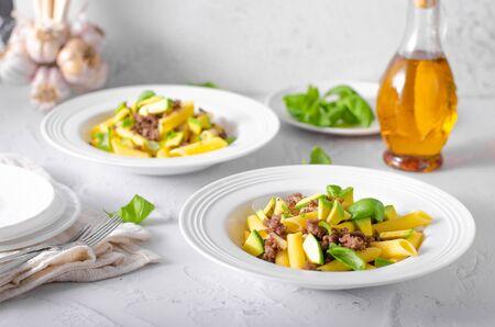 Bio organic avocado and garlic in semolina pasta, fresh beef meat Фото со стока - 134216488