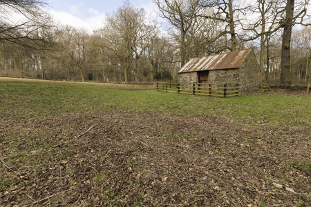 sone: A woodland barn Situated in the Swithland Wood area of Leicestershire.Swithland Wood is a public woodland in Charnwood Forest, in Leicestershire.
