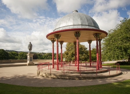 bandstand: bandstand and statue to titus salt Stock Photo