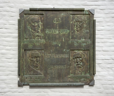 walloon: plaque in mons