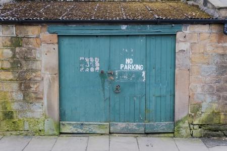 no parking: garage door no parking