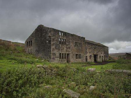 ungeliebt: verlassenen Bauernhaus auf Yorkshire Moors