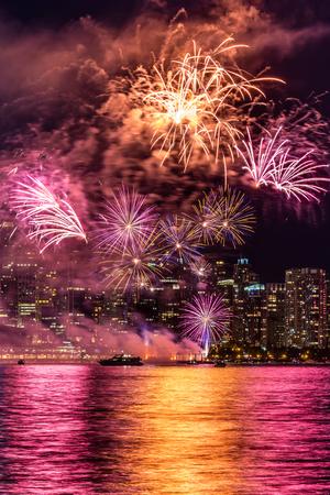 Fireworks in Vancouver city 版權商用圖片