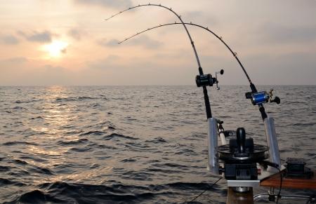 Big game vissen bij zonsondergang