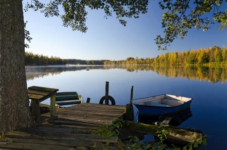 Autumn lake frame Banque d'images