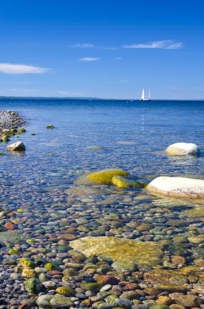 Mooie duidelijke kalme zee Stockfoto