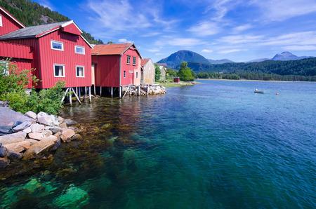 Prachtige Noorse landschap in zomerseizoen